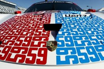 #912 Porsche GT Team: Earl Bamber, Laurens Vanthoor, Mathieu Jaminet