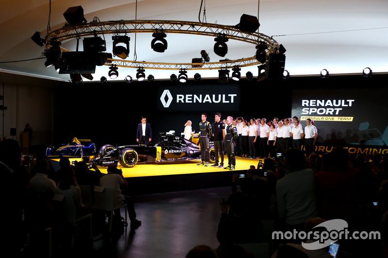 Frederic Vasseur, Renault F1 Team Racing Director, Carlos Ghosn, Chairman of Renault, Kevin Magnussen, Renault F1 Team, Jolyon Palmer, Renault F1 Team and Esteban Ocon, Renault F1 Team