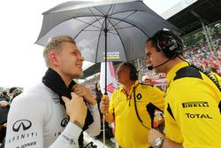 Kevin Magnussen, Renault Sport F1 Team en la parrilla