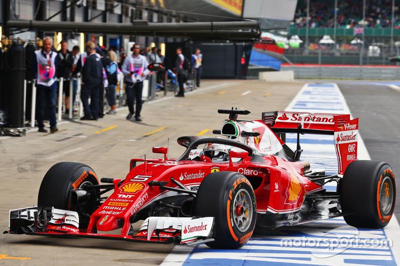 Sebastian Vettel, Ferrari SF16-H, rueda con la protección de cabeza Halo 2