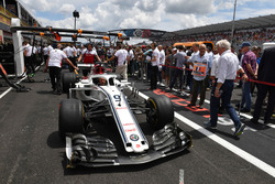 Charlie Whiting, FIA Delegate looks at Sauber