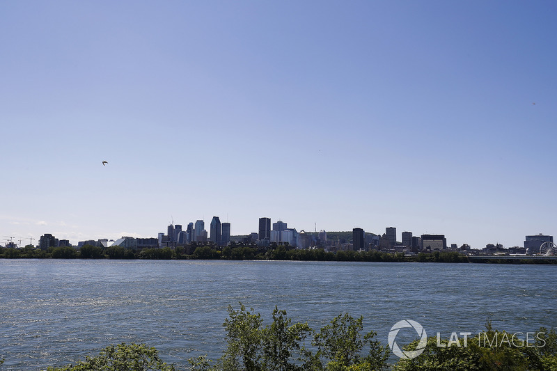 The Montreal skyline in the distance
