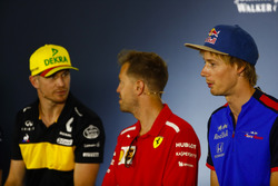 Nico Hulkenberg, Renault Sport F1 Team, Sebastian Vettel, Ferrari, and Brendon Hartley, Toro Rosso, in the Press conference