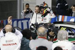 Race winner Esteban Guerrieri, Honda Racing Team JAS, Honda Civic WTCC with Tiago Monteiro, Honda Ra