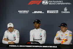 Valtteri Bottas, Mercedes-AMG F1, Lewis Hamilton, Mercedes-AMG F1 and Max Verstappen, Red Bull Racing in the Press Conference