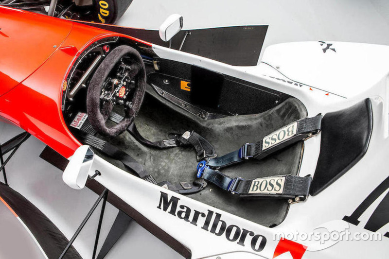 McLaren Cosworth Ford MP4/8A Айртона Сенны 1993 года: кокпит