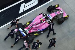 Esteban Ocon, Force India VJM11 is pushed in pit lane