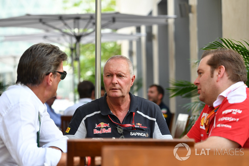 Graeme Lowdon, John Booth, Scuderia Toro Rosso and Dave Greenwood, Ferrari Race Engineer
