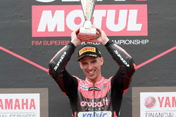 Podium: racewinnaar Marco Melandri, Aruba.it Racing-Ducati SBK Team