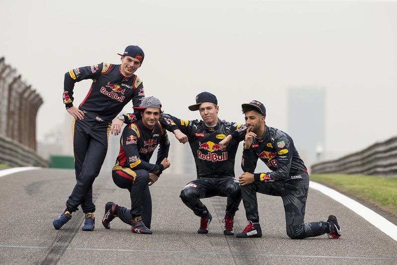 6. Daniel Ricciardo, Red Bull Racing, Daniil Kvyat, Red Bull Racing, Max Verstappen, Scuderia Toro Rosso and Carlos Sainz Jr., Scuderia Toro Rosso