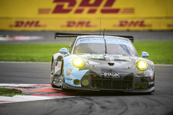 #77 Dempsey Proton Competition Porsche 911 RSR: Richard Lietz, Michael Christensen