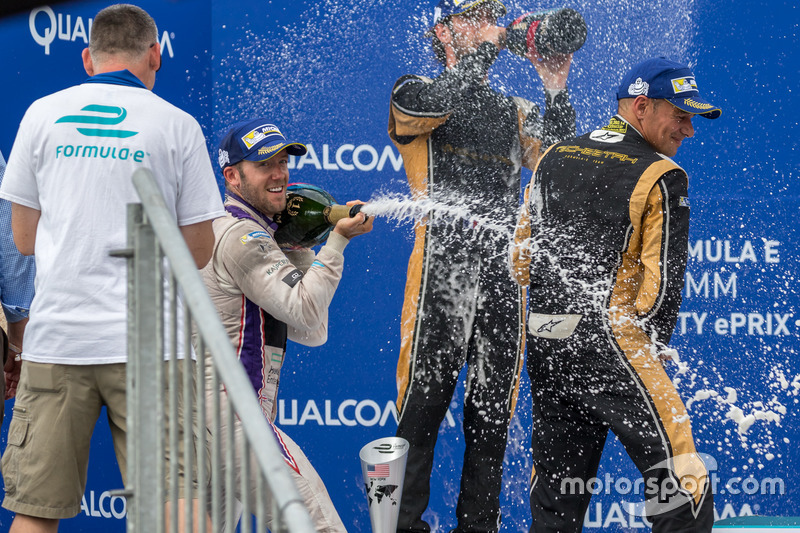 Podium: 1. Sam Bird, DS Virgin Racing; 2. Jean-Eric Vergne, Techeetah; 3. Stéphane Sarrazin, Techeetah