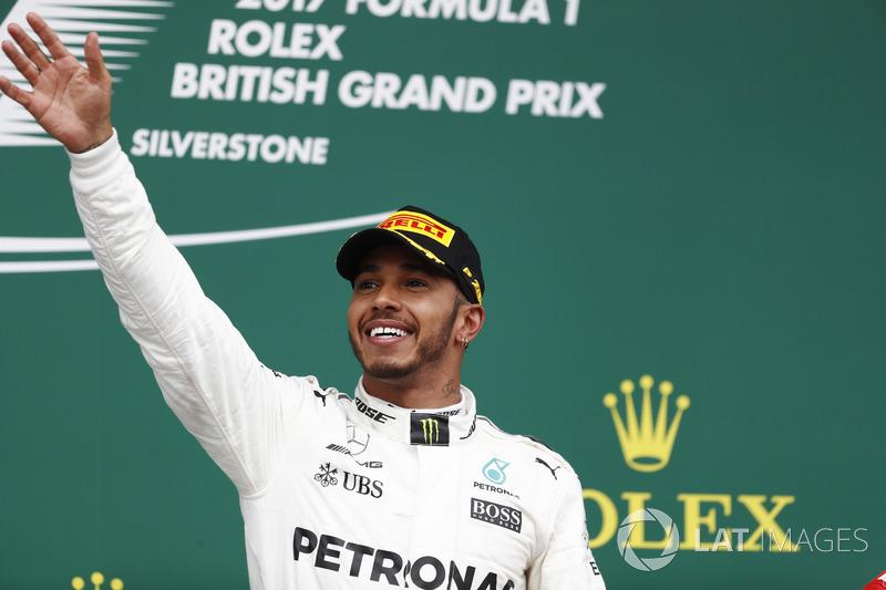Podium: Race winner Lewis Hamilton, Mercedes AMG F1 W08