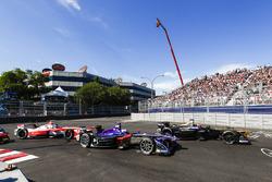 Jean-Eric Vergne, Techeetah, Sam Bird, DS Virgin Racing, et Nick Heidfeld, Mahindra Racing