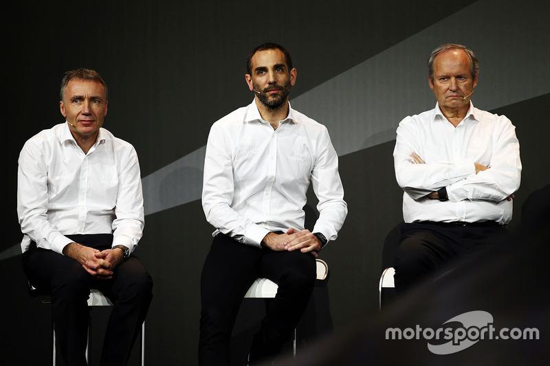 Technikchef Bob Bell, Sportchef Cyril Abiteboul, Teampräsident Jerome Stoll, Renault Sport F1 Team