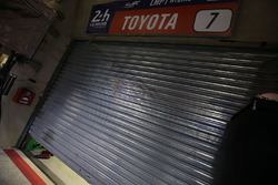 The garage door to the #7 Toyota Gazoo Racing Toyota TS050 Hybrid: Mike Conway, Kamui Kobayashi, Stéphane Sarrazin after retirement