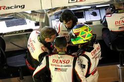 Mike Conway, Stéphane Sarrazin, Toyota Gazoo Racing