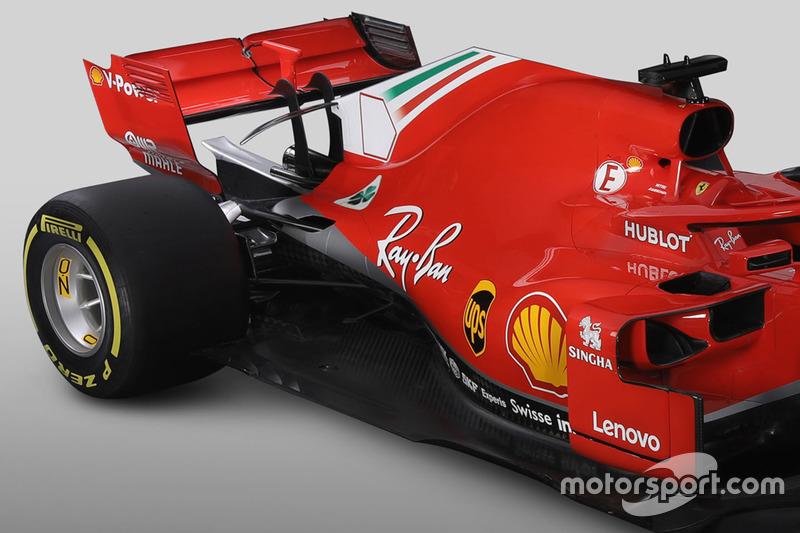 Avant de la Ferrari SF71H