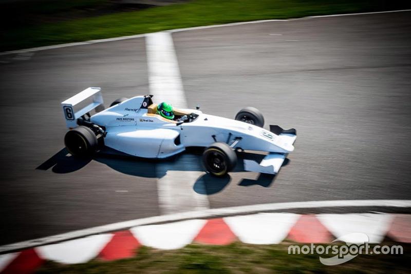 Brad Dias, Magnussen Racing