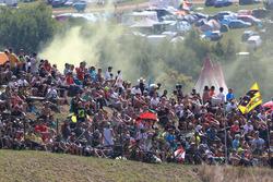 Crowd race