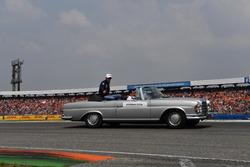 Esteban Ocon, Force India F1, en el desfile de pilotos