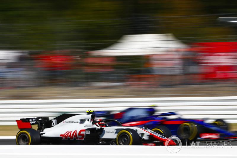 Kevin Magnussen, Haas F1 Team VF-18, Pierre Gasly, Toro Rosso STR13