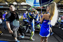 Valentino Rossi, Yamaha Factory Racing with a grid girl
