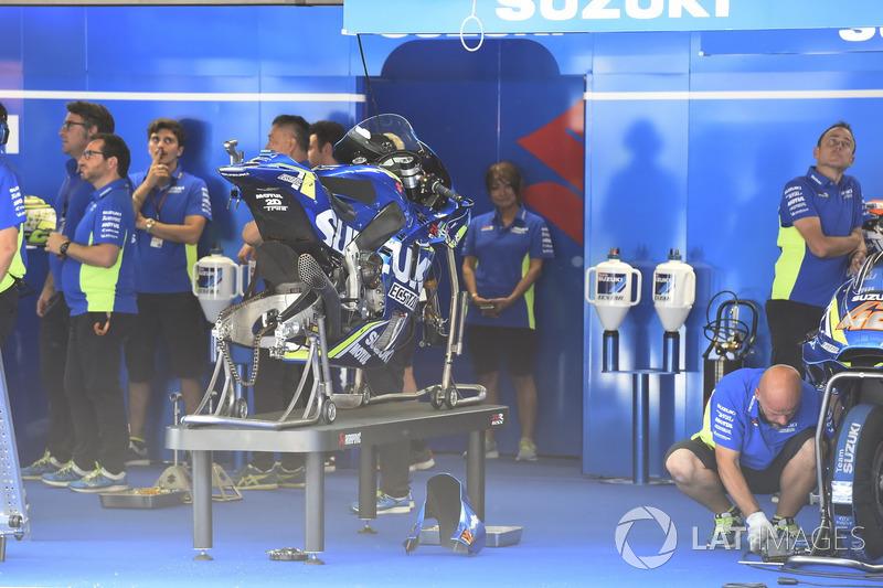 Team Suzuki Ecstar