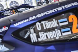 Coches de Ott Tänak, Martin Järveoja, Ford Fiesta WRC, M-Sport y Sébastien Ogier, Julien Ingrassia, Ford Fiesta WRC, M-Sport