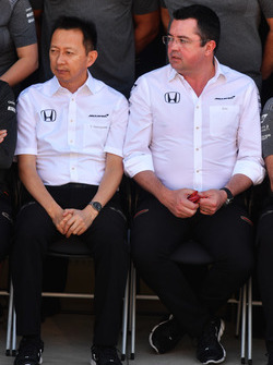 Yusuke Hasegawa, Head of Honda Motorsport and Eric Boullier, McLaren Racing Director at the McLaren Team photo