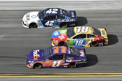Denny Hamlin, Joe Gibbs Racing Toyota, Kyle Larson, Chip Ganassi Racing Chevrolet Camaro, Kyle Busch, Joe Gibbs Racing Toyota