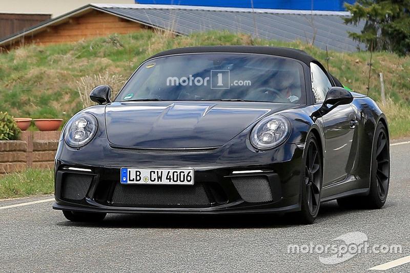 Spyshot Porsche 911 Speedster