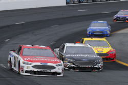 Paul Menard, Wood Brothers Racing, Ford Fusion Motorcraft / Quick Lane Tire & Auto Center, Aric Almirola, Stewart-Haas Racing, Ford Fusion Smithfield and Joey Logano, Team Penske, Ford Fusion Shell Pennzoil