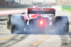 Charles Leclerc, Sauber C37, burnout