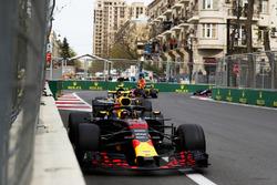 Max Verstappen, Red Bull Racing RB14 Tag Heuer, Carlos Sainz Jr., Renault Sport F1 Team R.S. 18, and Daniel Ricciardo, Red Bull Racing RB14 Tag Heuer