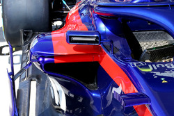 Toro Rosso STR13 mirror