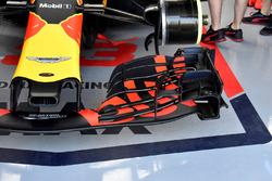 L'aileron avant de la voiture de Max Verstappen, Red Bull Racing RB14