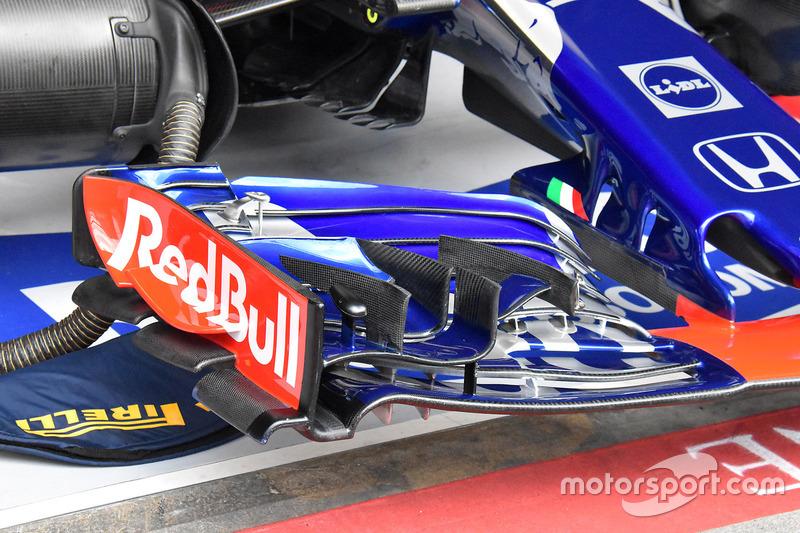 Detail sayap depan Scuderia Toro Rosso STR13
