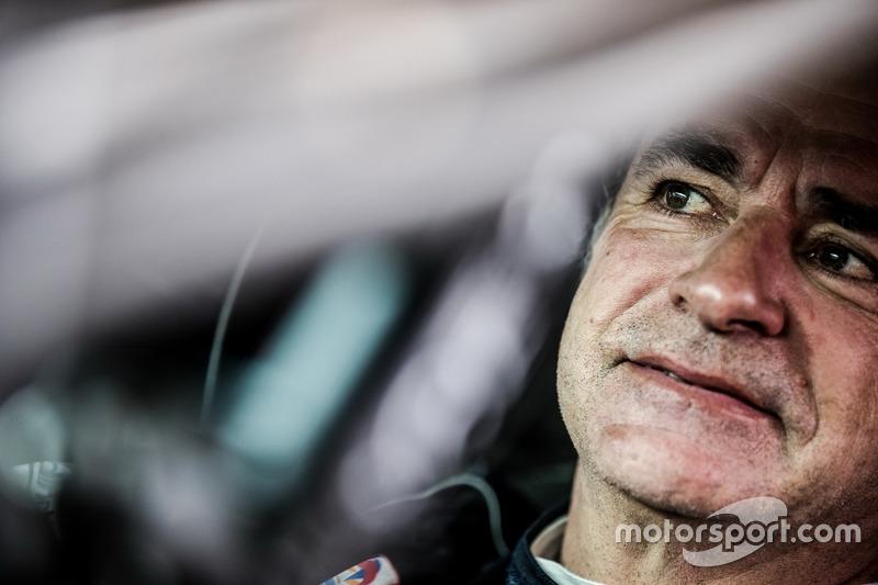 Peugeot aún no se decide por Sainz