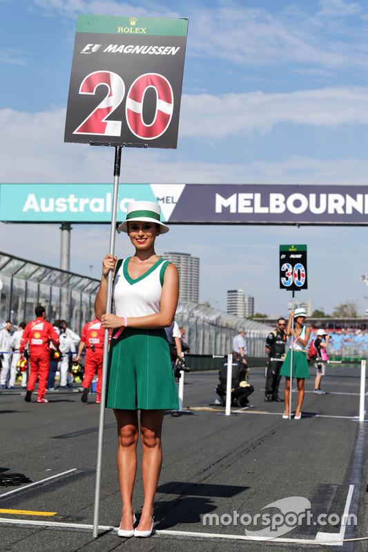 Gridgirl von Kevin Magnussen, Haas F1 Team
