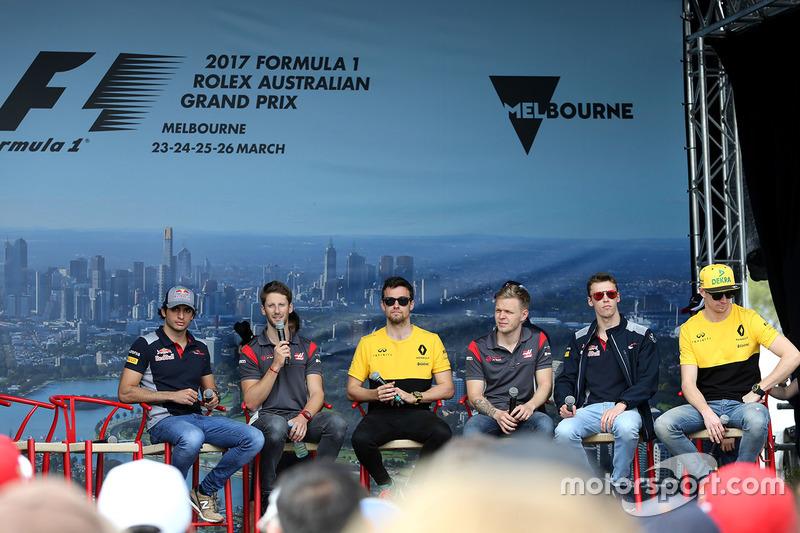 Foro de pilotos: Carlos Sainz Jr., Scuderia Toro Rosso; Romain Grosjean, Haas F1 Team; Jolyon Palmer, Renault Sport F1 Team; Kevin Magnussen, Haas F1 Team; y Daniil Kvyat, Scuderia Toro Rosso