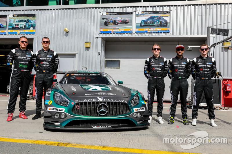 Team photo #3 Black Falcon Mercedes AMG GT3: Abdulaziz Al Faisal, Hubert Haupt, Yelmer Buurman, Mich