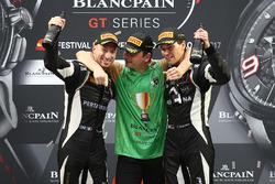 2017 kampioenen #63 GRT Grasser Racing Team Lamborghini Huracan GT3: Christian Engelhart, Mirko Bortolotti, Andrea Caldarelli