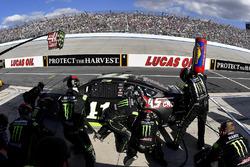 Kurt Busch, Stewart-Haas Racing Ford crew