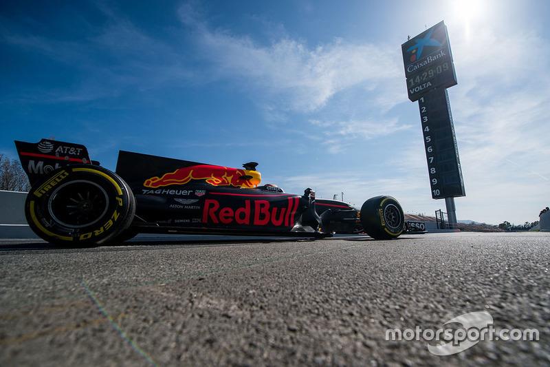 Jueves: Daniel Ricciardo, Red Bull Racing RB13