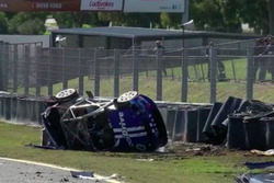 Тодд Хейзелвуд, Brad Jones Racing Holden, аварія