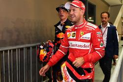 Sebastian Vettel, Ferrari ve Max Verstappen, Red Bull Racing