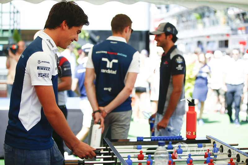 Lance Stroll, Williams, plays table football