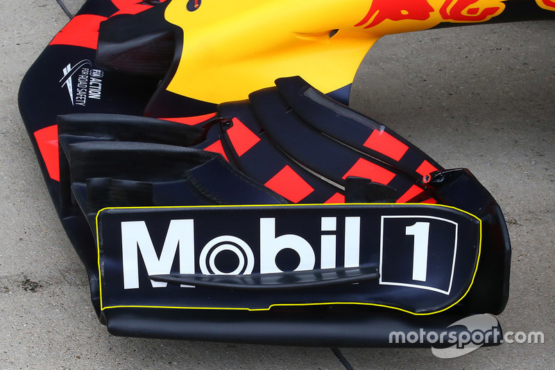 Red Bull RB13 ala frontal