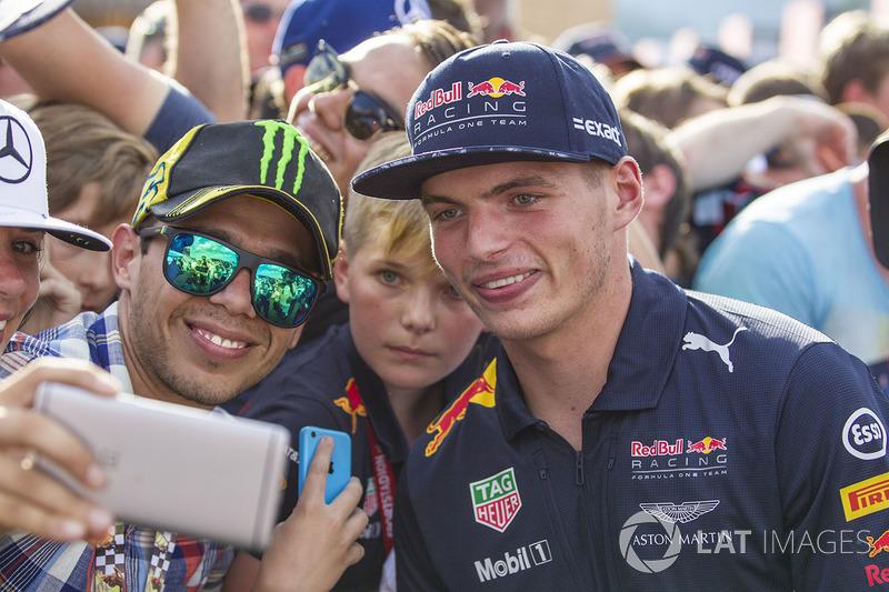 Max Verstappen, Red Bull Racing, mit Fans